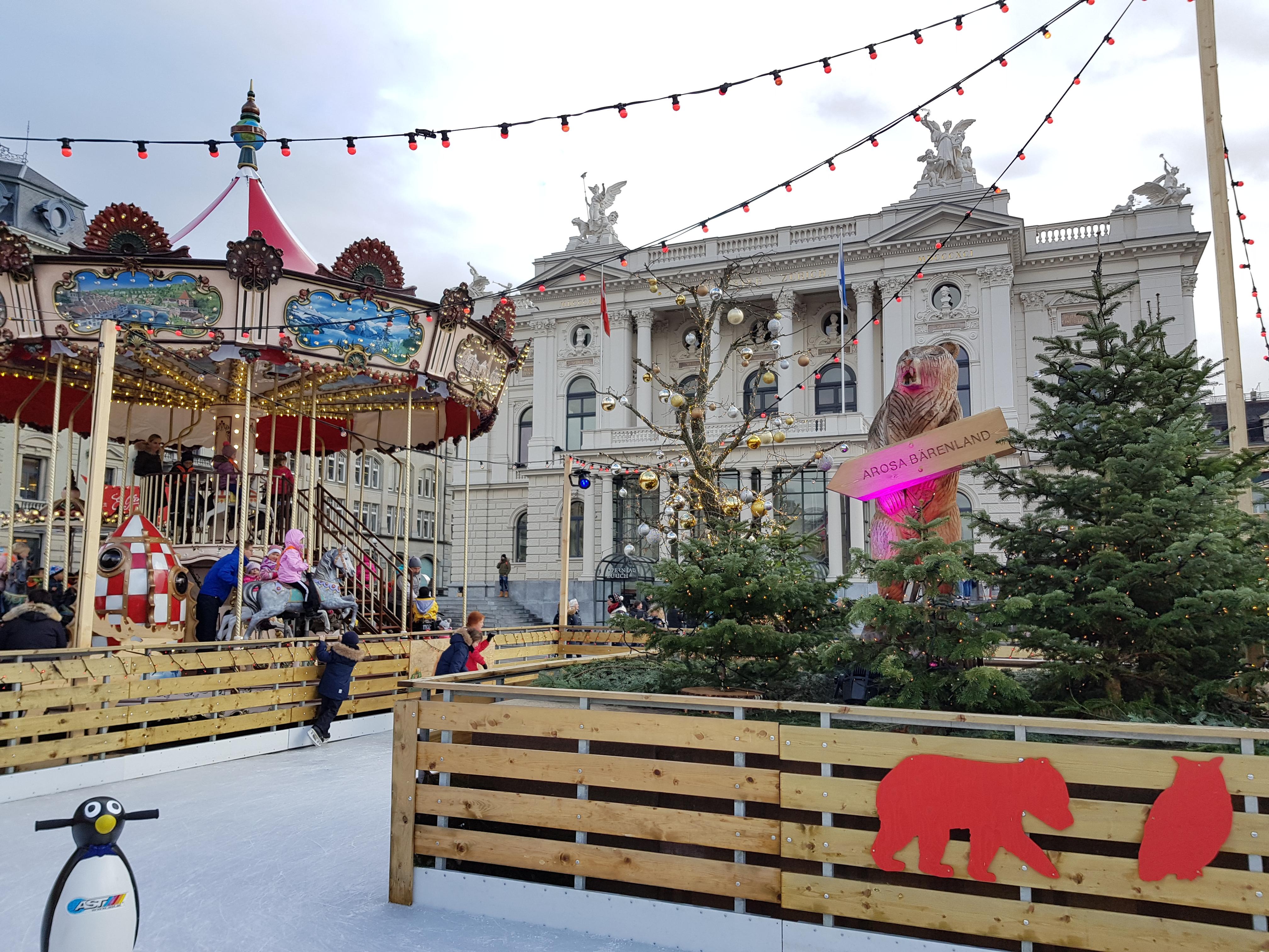 I mercatini di Natale del Teatro dell'Opera di Zurigo