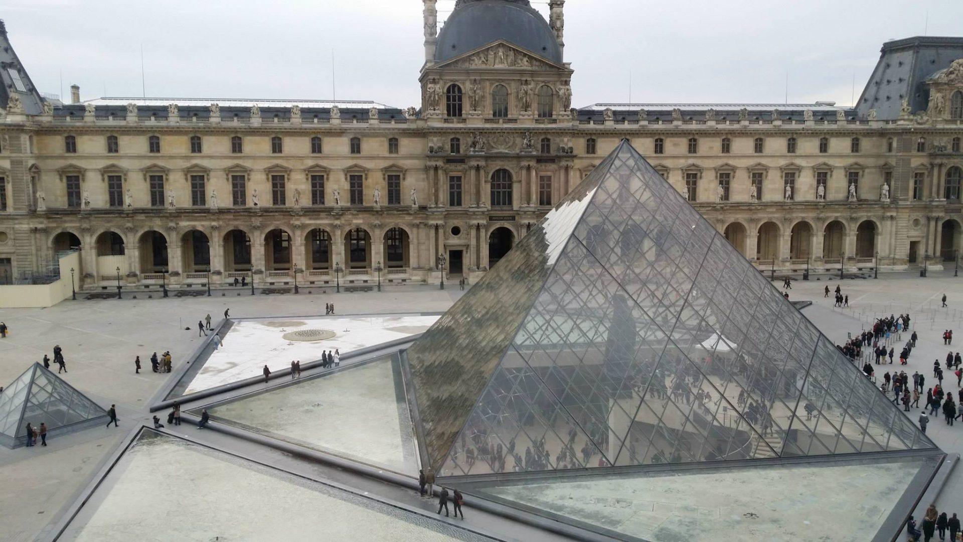 Tour virtuali dei musei